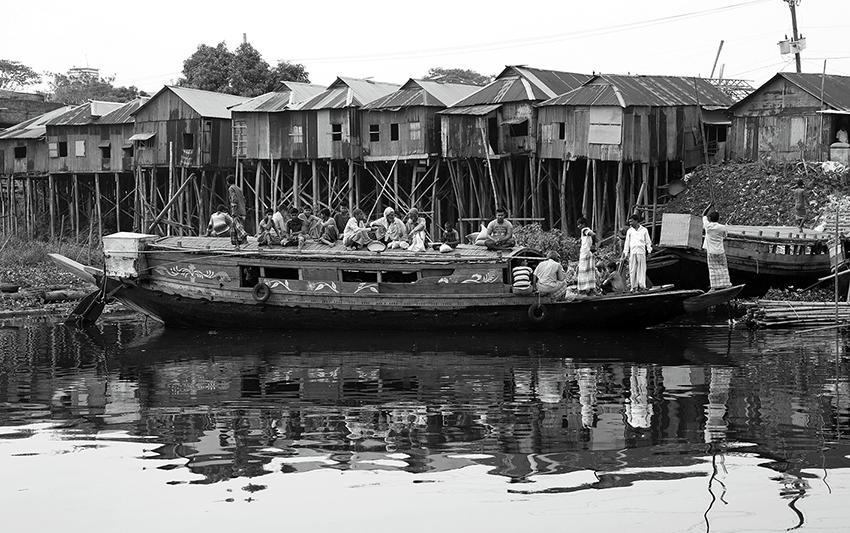 冯凯文-乘船出行 2018.4.26 孟加拉.JPG
